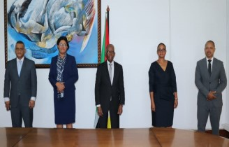 Minister of Economy and Finance Appoints new Executive Directors of BVM